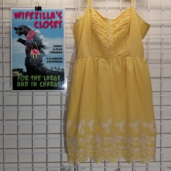 Maurices Dresses & Skirts - Maurices Yellow Embroidered Cotton Sundress - XL